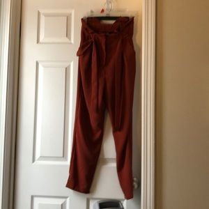 SHEIN XS paper bag pant rust orange FIT LIKE SMALL